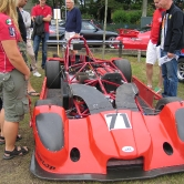 Motorfästen i aluminium till Mallock racer